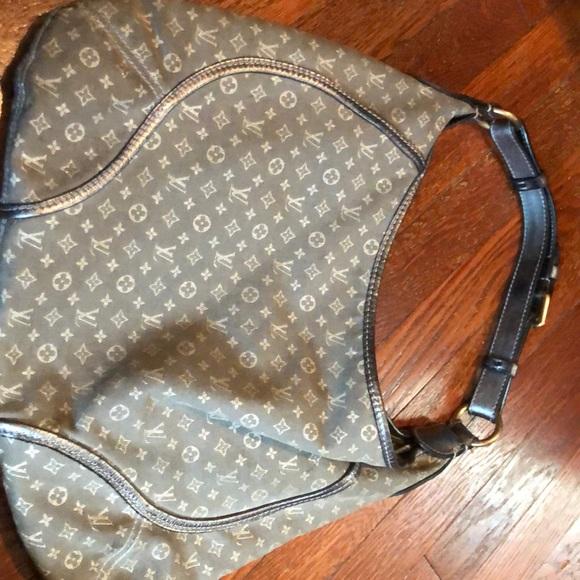 Used Louis Vuitton Purses >> Used Lv Purse